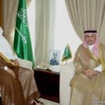 مقيم ينتحل صفة دبلوماسي و يحتال على أسرة سعودية ويرتبط بأحد بناتها