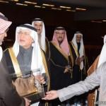 الدكتور الحجيلان يفتتح معرض الكتاب في مركز المملكة التجاري