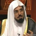 السنيدي ينتزع صدارة أفضل إعلامي سعودي