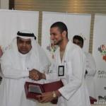 """أمير منطقة مكة يزف """" 11337 """" خريجآ من جامعة الملك عبدالعزيز بجدة"""