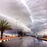 """مدير جامعة طيبة يكرم """"تركي العوفي""""المصور السعودي الأول  في """"البورتريه"""""""