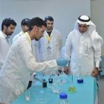 مدير مجمع الملك فيصل بالطائف يكرم أطباء امتياز من جامعة الطائف لتميزهم بالبحث العلمي