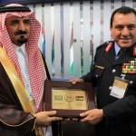 وزير الداخلية الأردني يستقبل مساعد وزير الداخلية السعودي بمعرض سوفكس 2016