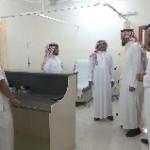 """مُدير عام تعليم المدينة """"العبدالكريم"""" يتفقد مدارس الحناكية ويرعي ختام الأنشطة"""