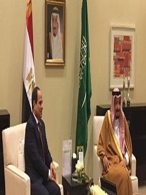 """بالصور.. قمة مصغرة بين الملك """"سلمان"""" والرئيس """"السيسي"""" بالأردن لعودة العلاقات الطيبة بين البلدين"""