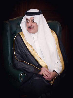 """""""أمير تبوك"""" يطمأن على صحة الشيخ عبدالله المبارك"""