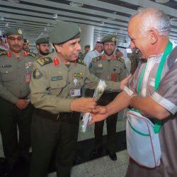 """""""الأمير محمد بن عبد الرحمن """"يقوم بزيارة مفاجئة لمركز شرطة الملز"""