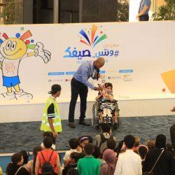 رئيس الاتحاد الدولي لألعاب القوى يكرم الاستاذ سليمان بن عوّاض