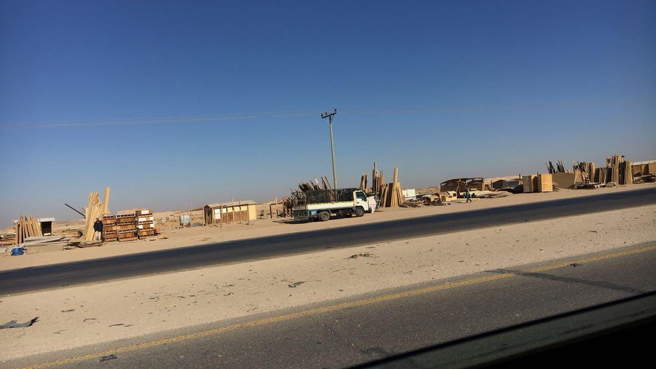 أهالي حي النظيم بالرياض يطالبون بإعتماد سوق الأغنام وإنقاذهم من طريق الموت أضواء الوطن