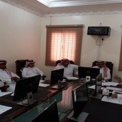 مدير عام تعليم الرياض يدشن الحساب الرسمي لمركز تميز الرياض
