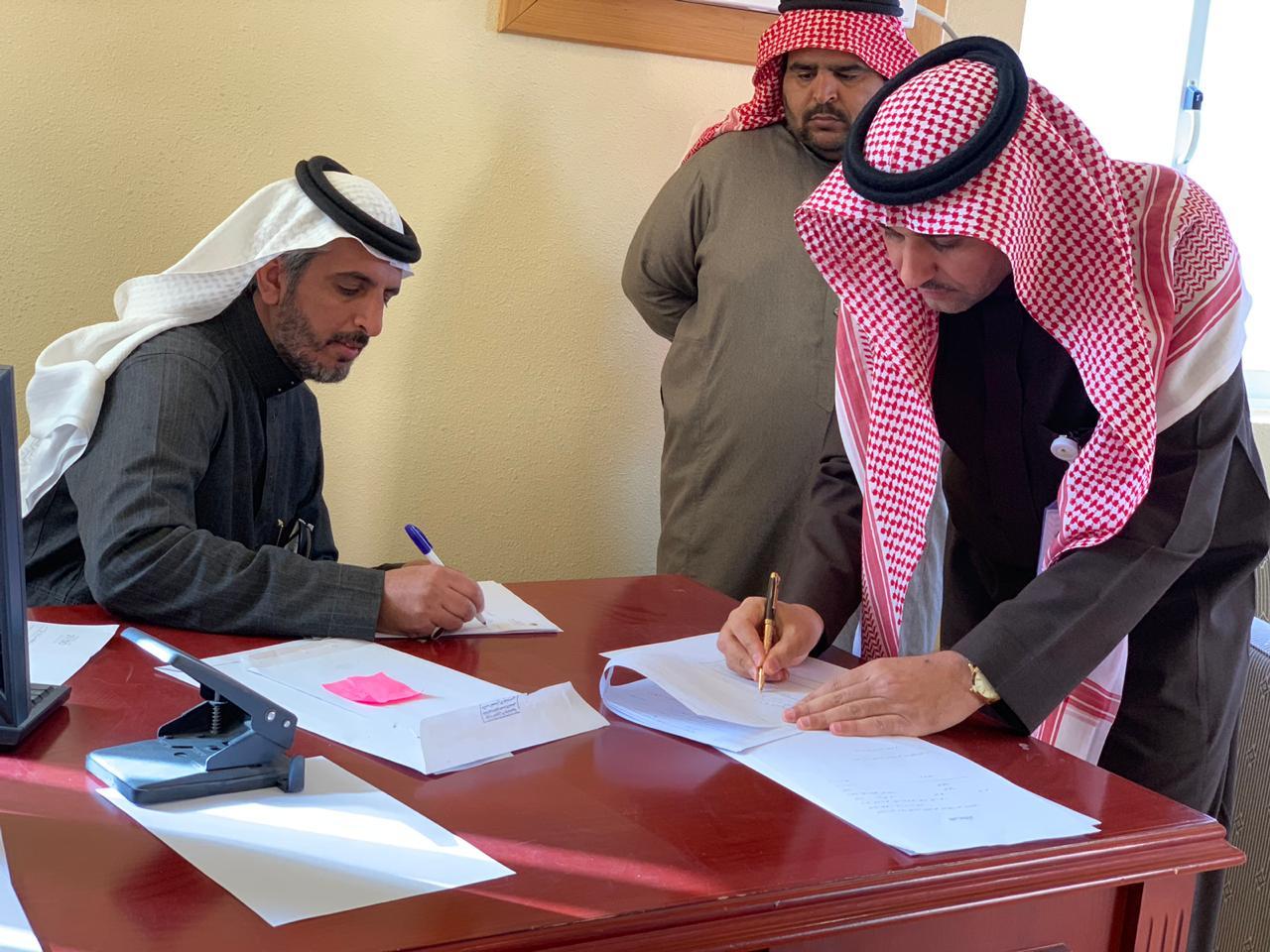 مدير عام فرع وزارة العمل والتنمية الاجتماعية بحائل يتفقد عدد من الفروع بالمحافظات أضواء الوطن