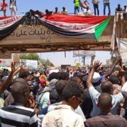 تحالف دعم الشرعية في اليمن : إسقاط 11 طائرة حوثية كانت تحاول استهداف مجلس النواب بسيئون