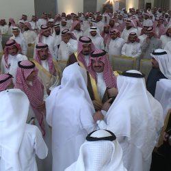 الأمير فيصل بن مشعل يكرم عدداً من منسوبي الأمن بمنطقة القصيم