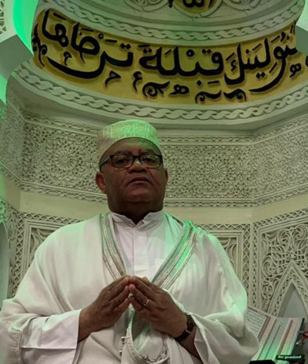 """""""شيبة الحمد"""" فقيد المسجد النبوي"""