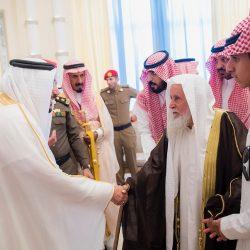وكيل الرئيس العام المساعد للشؤون النسائية تُقلَّد وسام قافلة أبناء الشهداء