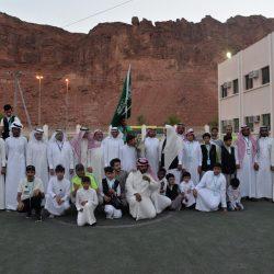 وزير الأوقاف اليمني يطلع على سير الاستعدادات  لتفويج الحجاج اليمنيين في منفذ الوديعة