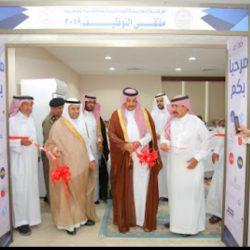الحجيلان في زيارة تفقدية لمراكز الحملة الصيفية لمحو الأمية في مكة