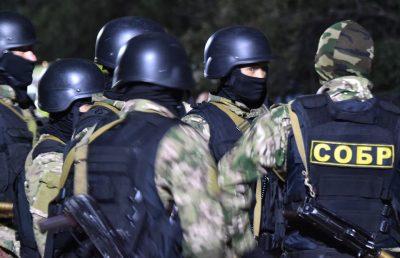 القوات الخاصة القرغيزية تشن هجوماً على مقر الرئيس السابق للبلاد