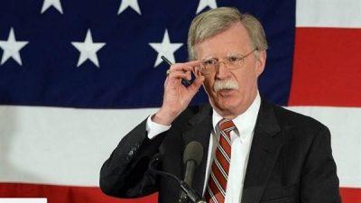 بولتون : الولايات المتحدةستجدد الإعفاءات من العقوبات المرتبطة بالبرامج النووية الإيرانية