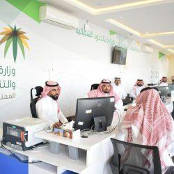 """""""مركز الملك سلمان"""" يوزع مساعدات غذائية في صعدة وسقطرى باليمن"""