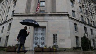القضاء الأمريكي يتهم لبنانيًا بنقل معلومات لحزب الله تمهيدًا لشن هجمات