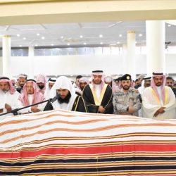 الإطاحة بـ 3 أشخاص لقيامهم بإشهار السلاح بحي لبن في الرياض