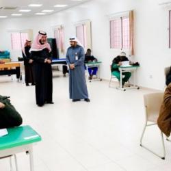 """أمير القصيم يشهد توقيع اتفاقية بين لجنة أصدقاء المرضى بالرس وشركة هايبر """"نستو"""""""