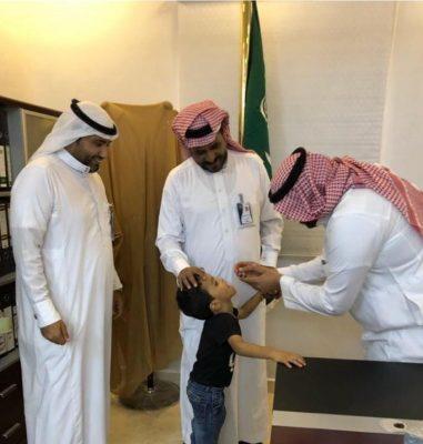 وكيل محافظة الحُرّث يدشن حملة تطعيم شلل الاطفال