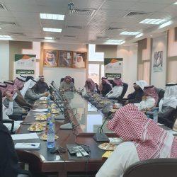 تدشين توزيع المرحلة الثانية من التمور المقدمة من مركز الملك سلمان للجوف باليمن