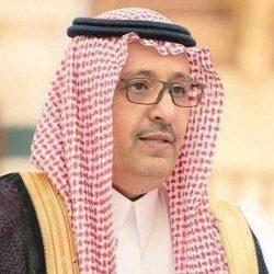 أمير منطقة الباحة يبحث تعزيز خدمة الإنترنت وتوسيع شبكة الألياف البصرية بالمنطقة