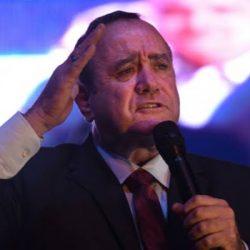 """البرهان : """"لن نسمح بحدوث انقلاب في السودان"""""""