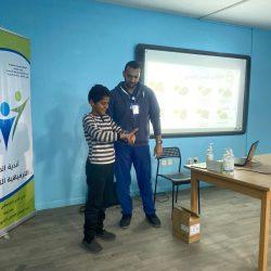 أمير نجران يكرم الفائزين بجوائز التعليم ويطلق دوري المدارس