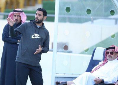 الأمير تركي بن طلال يزور نادي أبها