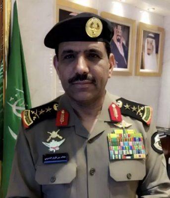 شاهد ..معالي مدير الأمن العام في أول أيام العيد يقدم التهنئة لأبطال الأمن في ميدان العمل