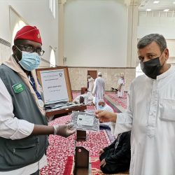"""""""مركز الملك سلمان"""" ينفذ جلسات ارشادية واجتماعية للأيتام في اليمن"""