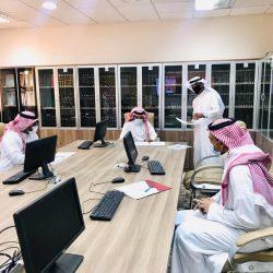 أهالي دحلة أم صفيح يشكون من الانقطاع المستمر لشبكة الإنترنت.. ويطالبون بإنشاء برج