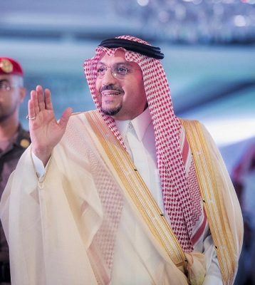 """أمير القصيم رئيسا فخريا للجمعية الخيرية لمكافحة  التدخين """" تدارك """" ببريدة"""