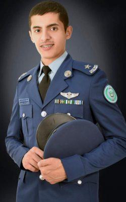 """""""العمري """" يحتفل بتخرجه برتبة ملازم طيار"""