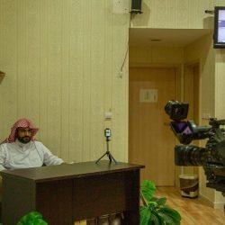 """الشؤون الإسلامية تنظم محاضرتين للحجاج ضمن البرنامج الدعوي """" حج بسلام وأمان """""""