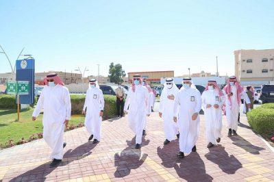 سمو أمير الجوف يتفقد المشاريع الصحية والبلدية بمحافظة القريات