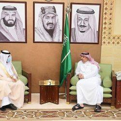 أمير منطقة تبوك يلتقي أمين عام مجلس المنطقة خلود الخميس