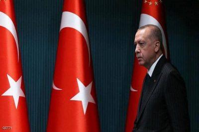 أردوغان يهدد بتمزيق الخرائط.. وسيف العقوبات يقترب من أنقرة