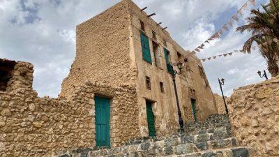 """""""ضباء"""".. مبانيها الحجرية شاهد على فن العمارة التاريخية المعاصرة"""