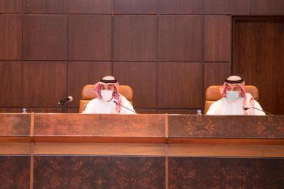 وزير الرياضة يجتمع مع رؤساء أندية دوري كأس الأمير محمد بن سلمان للمحترفين