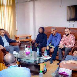 الهيئة العامة للغذاء والدواء تشكر مجمع الملك فيصل بالطائف لتفوقه في الابلاغ عن الأعراض الجانبية للأدوية