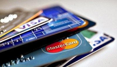 """""""البنوك السعودية"""": مخاطر كبيرة يسببها استخدام البطاقة الائتمانية بهذه الطريقة"""