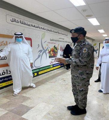 رئيس تراحم حائل يلتقي مدير عام سجون المنطقة