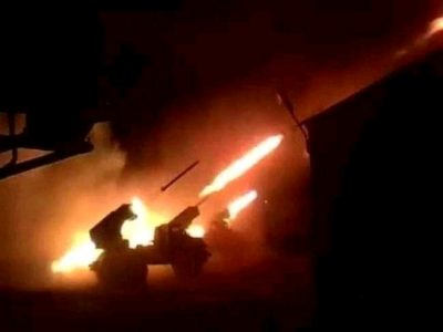 قبل قليل.. وقوع قتلى وجرحى في معارك عنيفة شمال الضالع باليمن