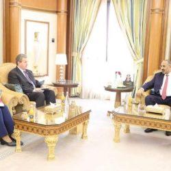 وزير العدل اليمني يطلع على سير الدورة التأهيلية للحاصلين على الدرجات القضائية
