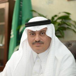 محمد الشدّادي وأبناؤه يهنئون الدكتورة نوال لحصولها على درجة الدكتوراة